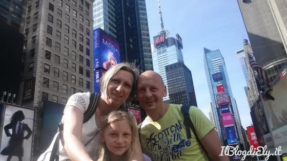 organizzare un viaggio a new york times square