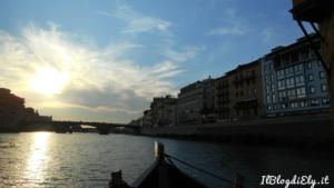 panorama firenze dall'arno al tramonto