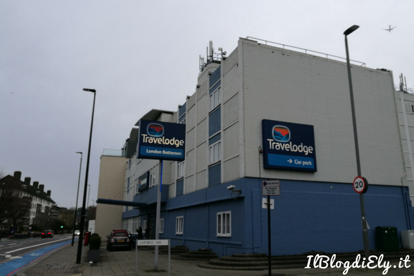 dormire a londra al travelodge london battersea